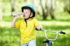 על החשיבות בשתיית מים לתינוקות וילדים
