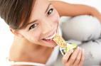 10 רעיונות לנשנושים של עד 150 קלוריות