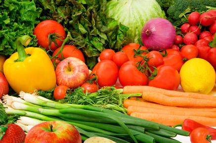 תקפידו שהילדים יצרכו מגוון של פירות וירקות