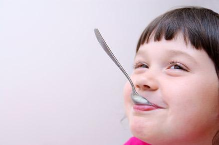 אומגה 3 מסייעת להתפתחות מוחו של הילד