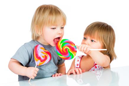 גמילה ממתוקים וסוכרים צריכה להתחיל כבר מגיל קטן