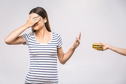 למה דיאטות לא באמת עוזרות לירידה במשקל?