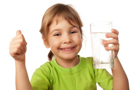 חשוב לדעת את העובדות הנכונות בנוגע לשתיית מים
