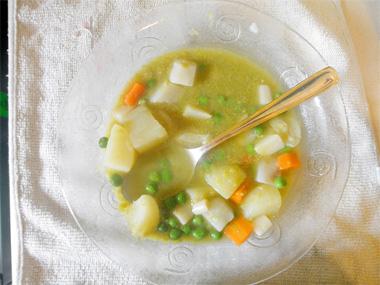 מרק אפונה עם ירקות