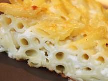 פשטידת פסטה ברוטב בשמל עם גבינות