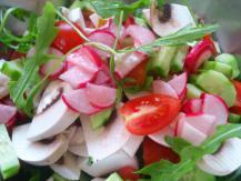 סלט ירקות קייצי ורענן