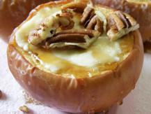 עוגת גבינה בתוך תפוח עץ
