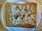 מנאישים עם גבינה קשה מגורדת