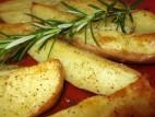 תפוחי אדמה בתנור עם רוזמרין