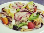 פסטה עם ירקות וסינטה צרובה