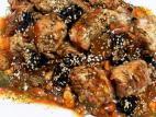 חזה עוף עם רוטב סילאן ופירות יבשים