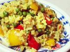 אורז בליווי אפונה ירוקה וירקות