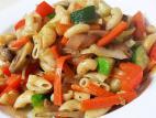 אטריות אורז חום עם ירקות