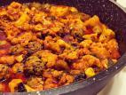 קציצות הודו ופרחי כרובית ברוטב עגבניות