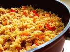אורז בסמטי מלא עם ירקות וגרגירי חומוס