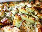 תפוחי אדמה בתנור עם תימין ורוזמרין
