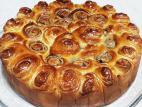 עוגת שושנים מבצק שמרים