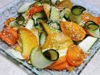 סלט אפרסמון עם ירקות
