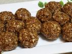 כדורי פצפוצי אורז עם טחינה וסילאן