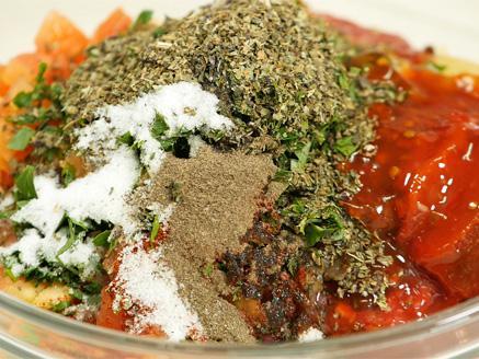 פלפלים ממולאים בשר ואורז