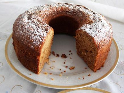 עוגת דבש עם אגוזים