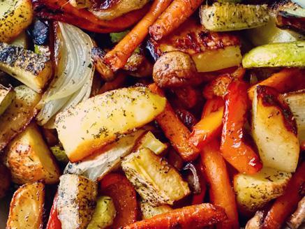 ירקות אנטיפסטי עם עשבי תיבול
