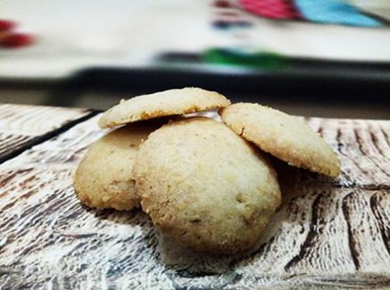 עוגיות חמאה ואגוזים טבעוניות