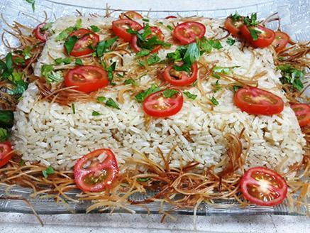 אורז עם בשר קצוץ