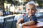 איך מרגילים תינוקות וילדים לתזונה בריאה?