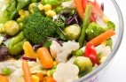 ירקות מול פחמימות: הקרב על המקום בצלחת