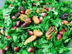 להתפנק אחרי יום העבודה: חצ`פורי פיתה, סלט עשבי תיבול וצ`יפס בטטה