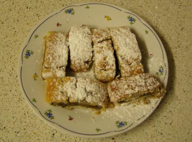 עוגיות במילוי תמרים