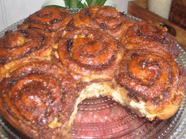 עוגת שושנים וקינמון