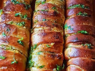 לחם שום וגבינה