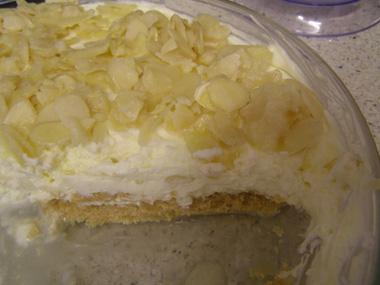 עוגת גבינה עם שקדים