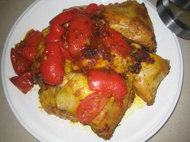 עוף מטוגן עם גמבות ועגבניות