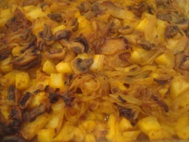 """מאפה תפו""""א, בצל ופטריות"""
