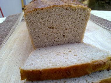 לחם כהה ללא גלוטן