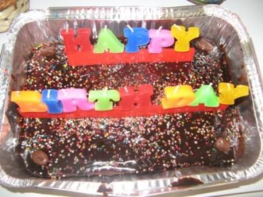 עוגת יום הולדת - עוגת שוקולית