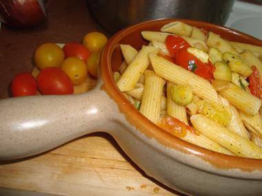 פסטה פנה עם ירקות ועשבי תיבול