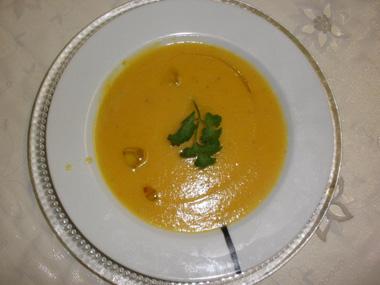 מרק גמבה וירקות שורש