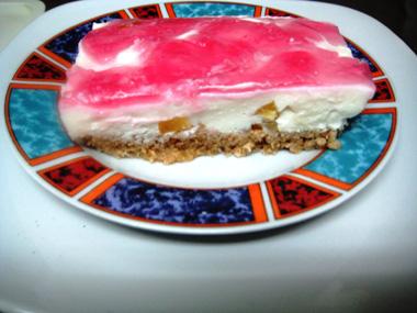 עוגת גבינה וג`לטין