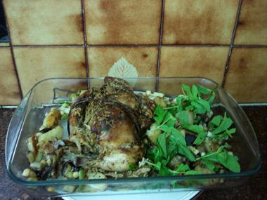 עוף ממולא בתנור