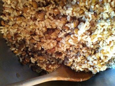 מג`דרה עם אורז מלא