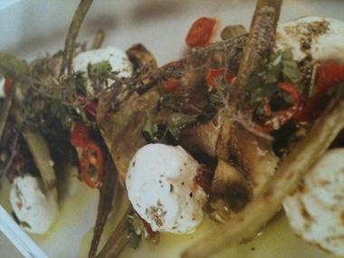 ארטישוקים בגריל עם מוצרלה ועשבי תיבול