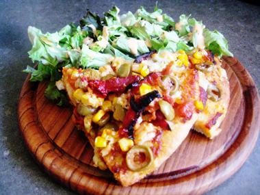פיצה ביתית מהירה להכנה