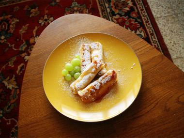 בלינצ`ס גבינה וצימוקים