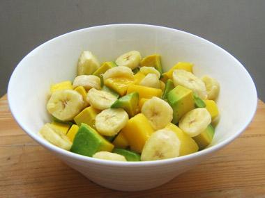 סלט אבוקדו, מנגו ובננה