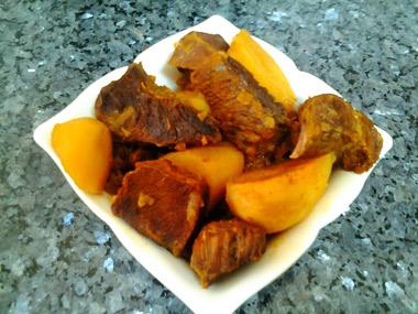 ז`רקובי - תבשיל בשר בקר עם תפוחי אדמה