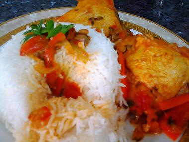 פמידוריאני - עוף ברוטב עגבניות גרוזיני